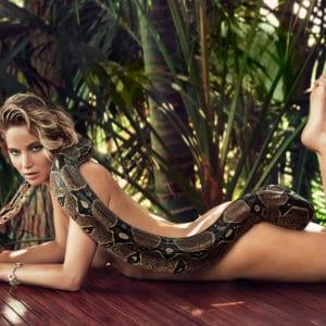 Jennifer Lawrence modeling nude