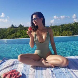 Olivia Munn delicious pic