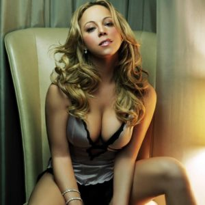 sexy pic of Mariah Carey showig off cleavage in lingerie