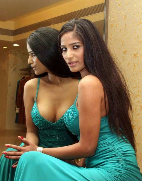 Bollywood actress Poonam Pandey with sexy green dress against mirror showing her nice tits