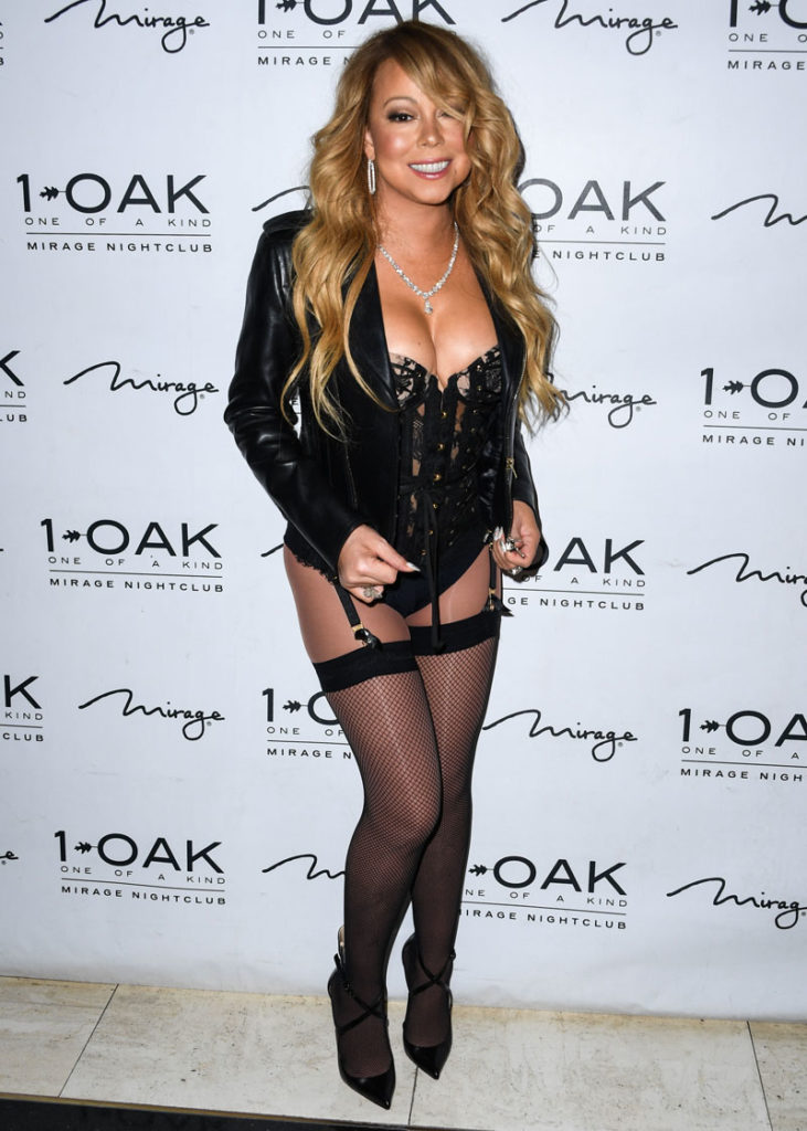 hot pic of Mariah Carey in high thighs looking fucking sexy