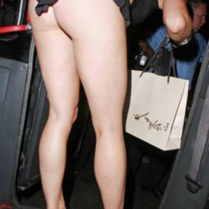 naked booty of mariah carey bending over