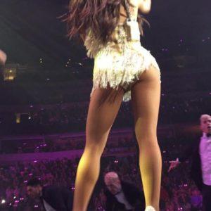 Ariana Grande perky booty