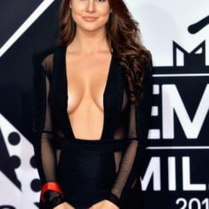 Amanda Cerny red carpet tits