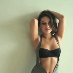 Mila Kunis boobs show