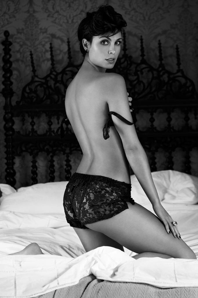 Morena Baccarin naked