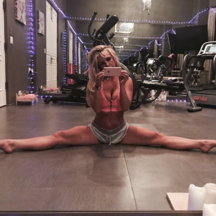 Britney Spears sexy selfie