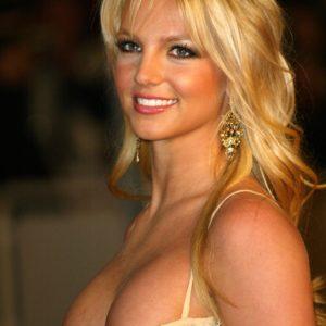 Britney Spears boobs show