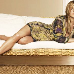 Jennifer Aniston beautiful legs