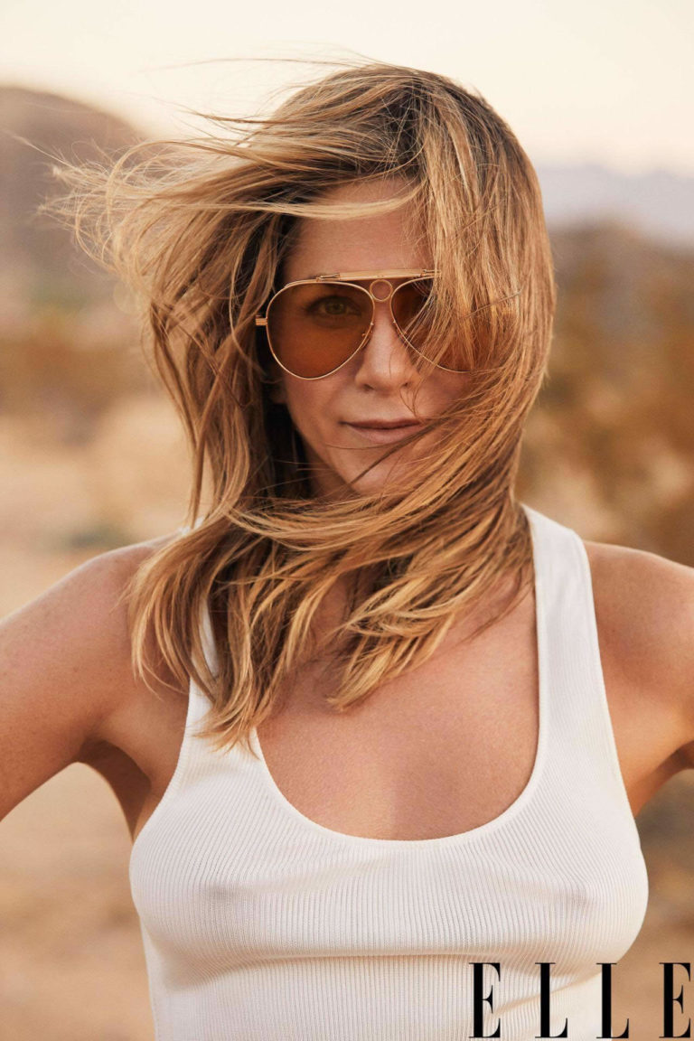 Jennifer Aniston pokies Elle 2019
