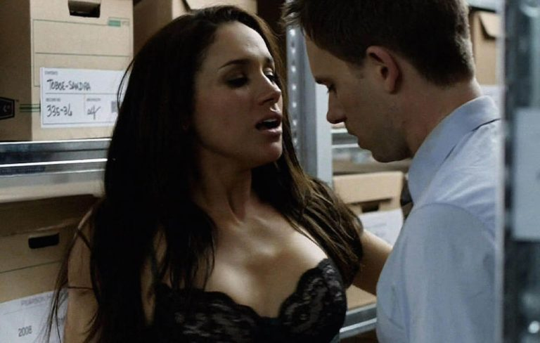 Meghan Markle naughty scenes in Suits (1)