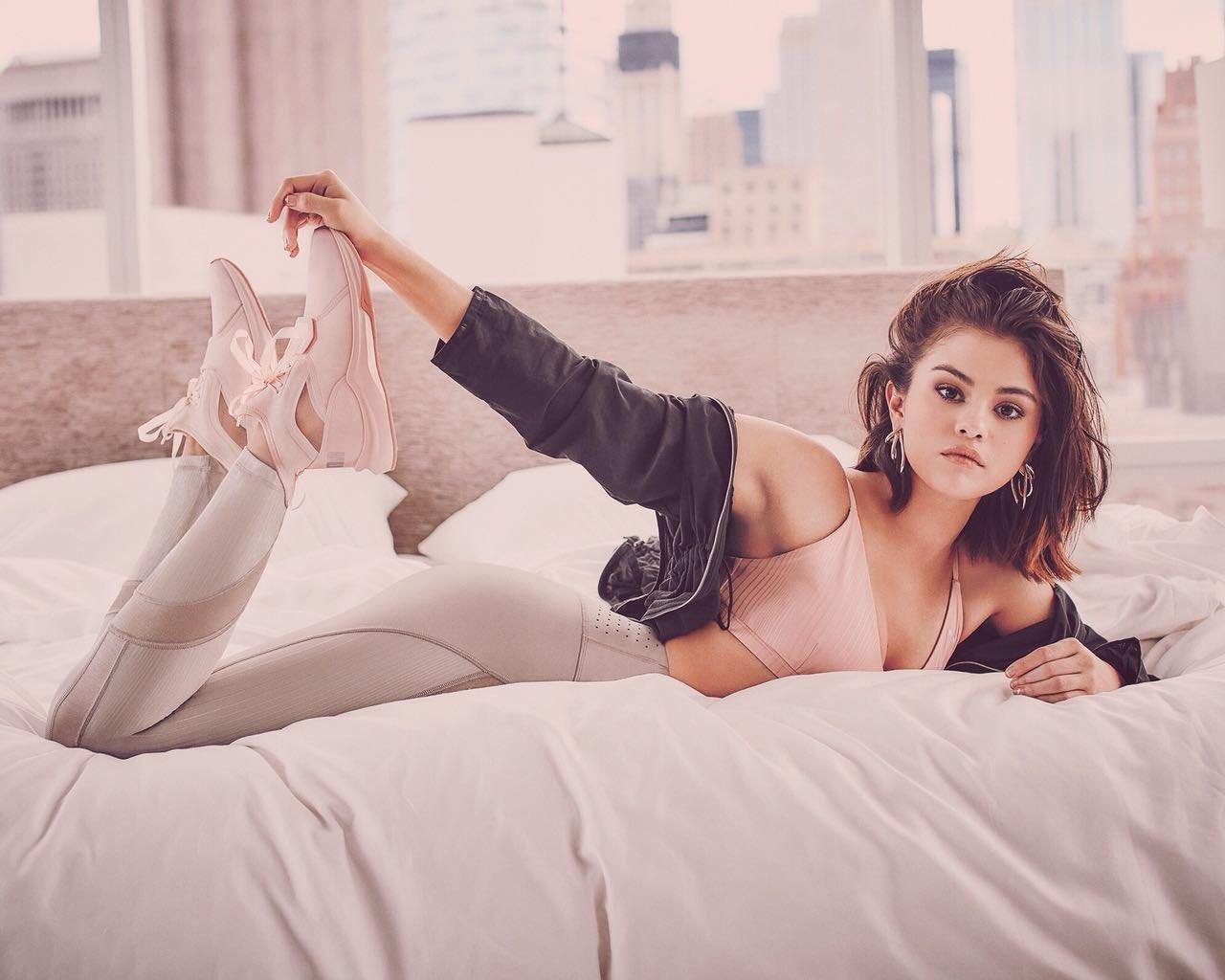 Selena Gomez xxx