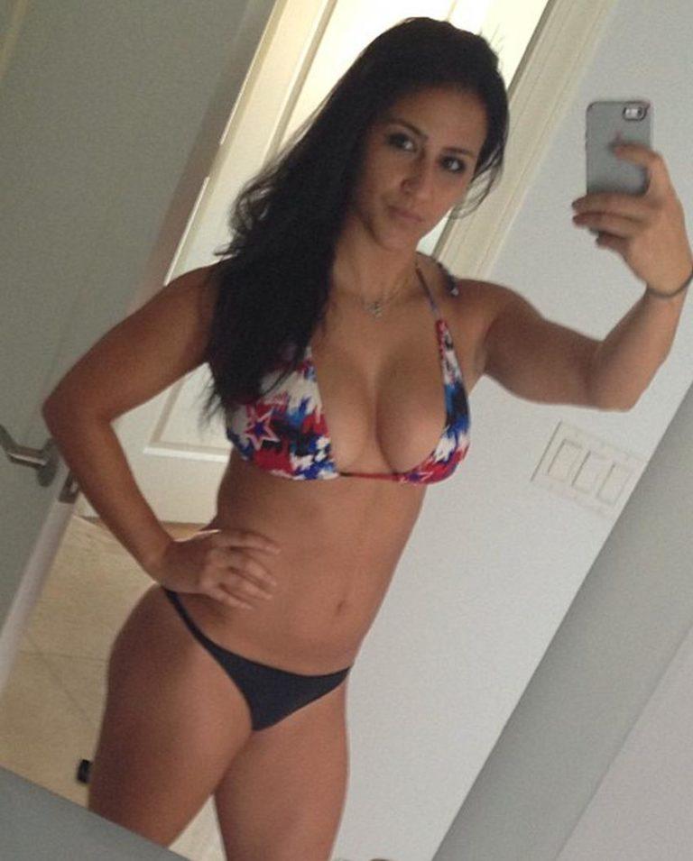 Meghan Markle sexy selfie