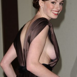 Anne Hathaway leaked naked