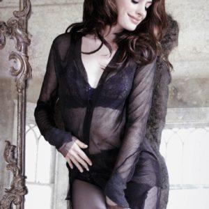 Anne Hathaway posing