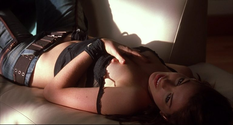 Anne Hathaway sexy nude