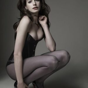 Anne Hathaway sexy nude picture