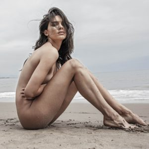 Kendall Jenner nude boobs