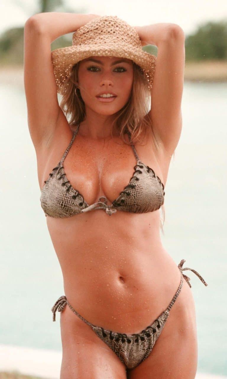 Sofia Vergara sexy bikini body