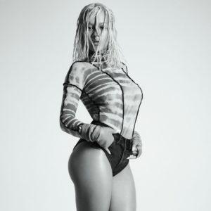 Rita-Ora-nude-4P59OM.jpg