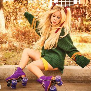 Avril Lavigne roller skates