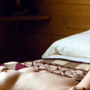 Elizabeth Olsen sexy naked