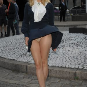 Elizabeth Olsen sexy pic
