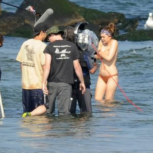 Elizabeth Olsen topless pic