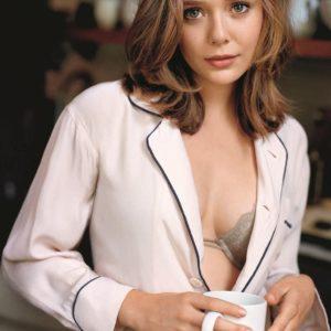 Elizabeth Olsen topless picture