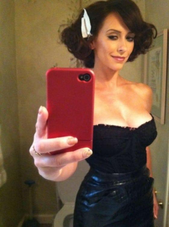 Jennifer Love Hewitt sexy leaked selfies