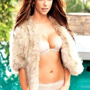 Jennifer Love Hewitt sexy naked