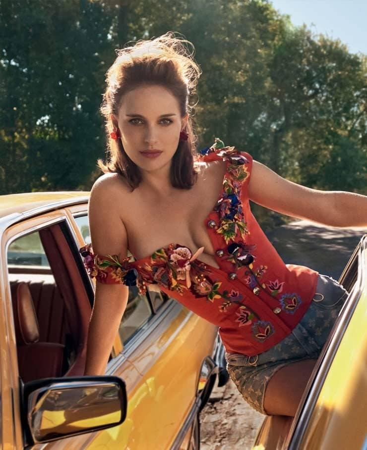 Natalie Portman sexy nude