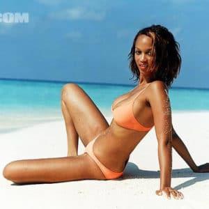Tyra Banks beach sexy