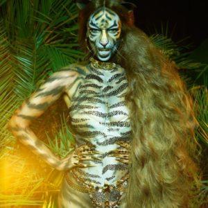 Tyra Banks naked
