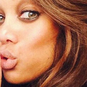 Supermodel Tyra Banks Nude Pics & Vintage NSFW Video