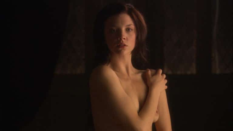 Natalie Dormer nude boobs