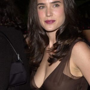 Jennifer Connelly naked boobs