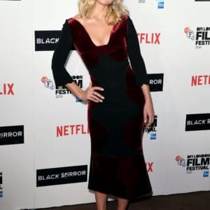 Alice Eve natural tits