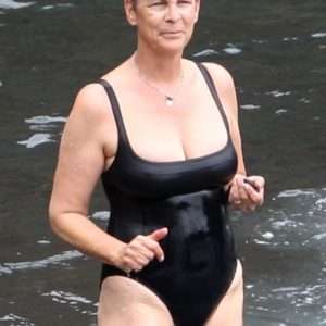 Jamie Lee Curtis sexy nude picture