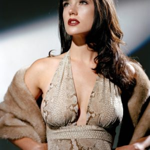 Jennifer Connelly breasts