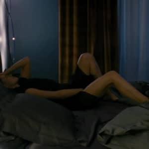 Kristen Stewart braless