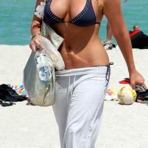 Brooke Hogan big tits bikini