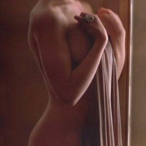 Alyssa Milano boobs exposed