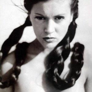 Alyssa Milano hot boobs