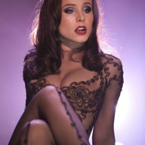 Kristen Bell big boobs
