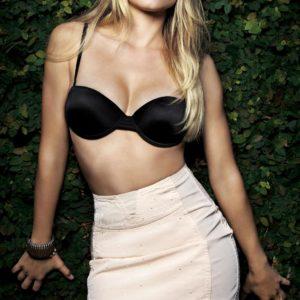 Kristen Bell nip slip