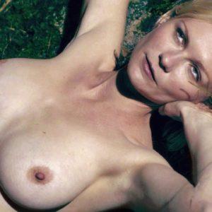 Kirsten Dunst topless picture